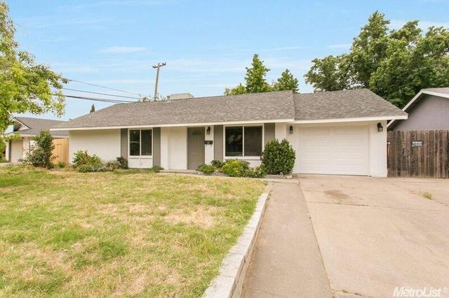 7601 Blackhawk Dr, Sacramento, CA 95828