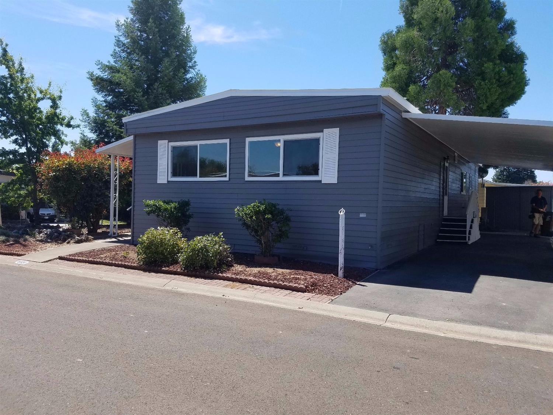 8320 Parkside Ln, Citrus Heights, CA 95610