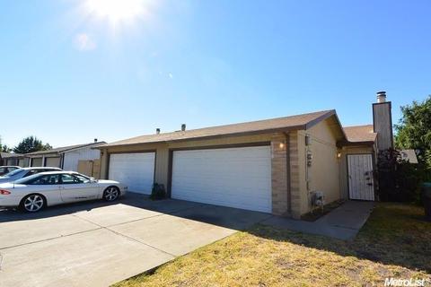 2705 Plantation Pl, Stockton, CA 95209