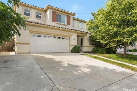 1829 E Gum Ave, Woodland, CA 95776