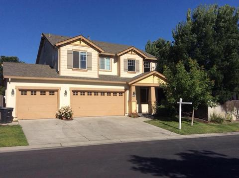 212 Dockside Dr, Waterford, CA 95386