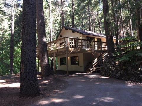 7077 Lakewood Dr, Pollock Pines, CA 95726