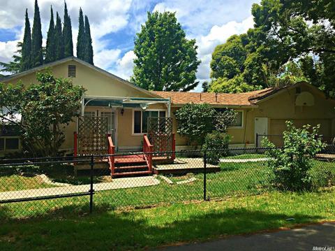 2807 Country Clb, Stockton, CA 95204