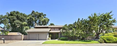 233 Royal Oaks Ct, Lodi, CA 95240