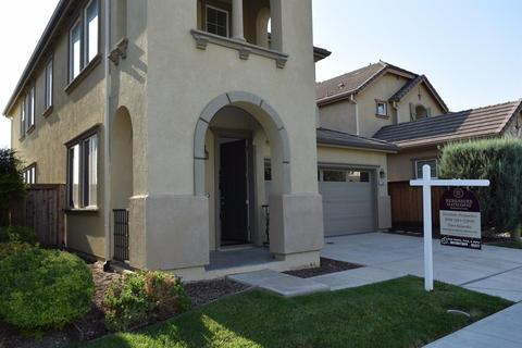 17360 Ferndale St, Lathrop, CA 95330