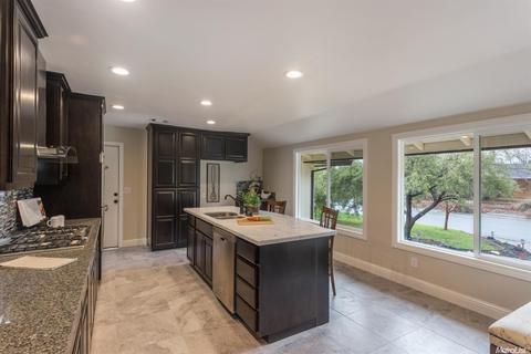 1700 Rolling Hills Rd, Sacramento, CA 95864