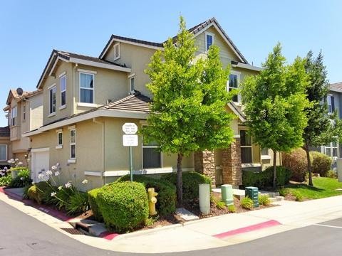 830 Courtyards Loop, Lincoln, CA 95648