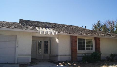 8425 Vintage Park Dr, Sacramento, CA 95828