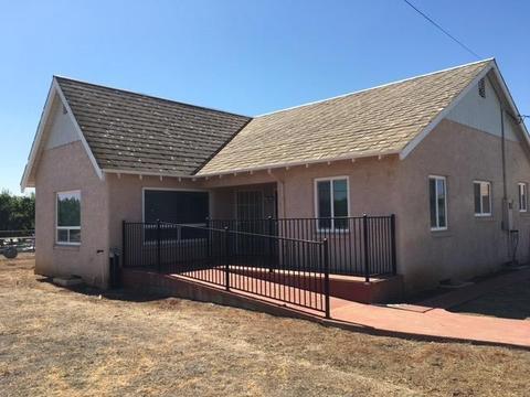 10137 E Fairchild Rd, Stockton, CA 95215