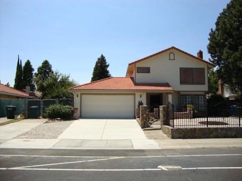 2981 Azevedo Dr, Sacramento, CA 95833