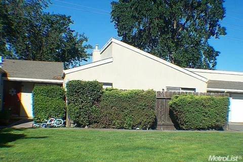 2941 Whittier Ct, Stockton, CA 95207