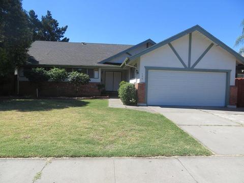 122 Stirling Ct, Stockton, CA 95210