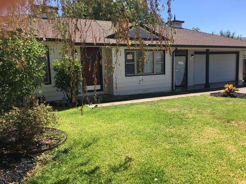 7930 Betty Lou Dr, Sacramento, CA 95828