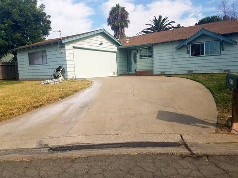 2051 Patricia Dr, Yuba City, CA 95993