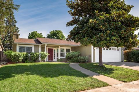 688 Lilly Cross Dr, Roseville, CA 95678