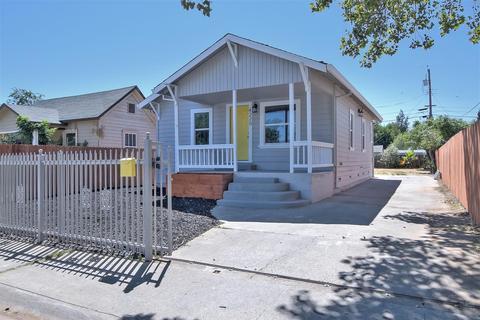4220 33rd St, Sacramento, CA 95820