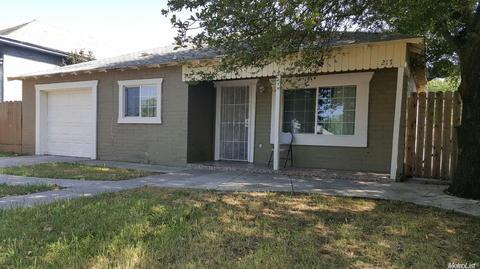 217 Oak St, Modesto, CA 95351