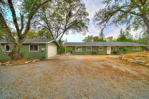 2907 Golden Gate Dr, San Andreas, CA 95249