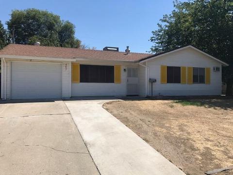6651 Chandler Dr, Sacramento, CA 95828