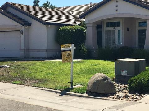 8466 E Alameda Park Dr, Elk Grove, CA 95624