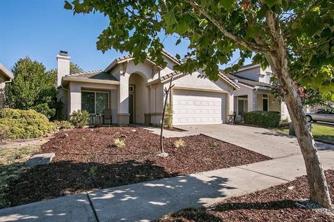 220 Regency Park Cir, Sacramento, CA 95835