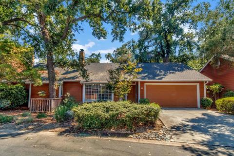 40 Coyle Creek Cir, Fair Oaks, CA 95628