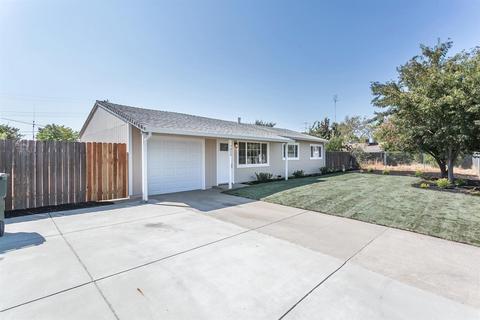 7829 51st Ave, Sacramento, CA 95828