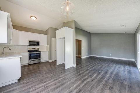 211 Arrowrock, Sacramento, CA 95838