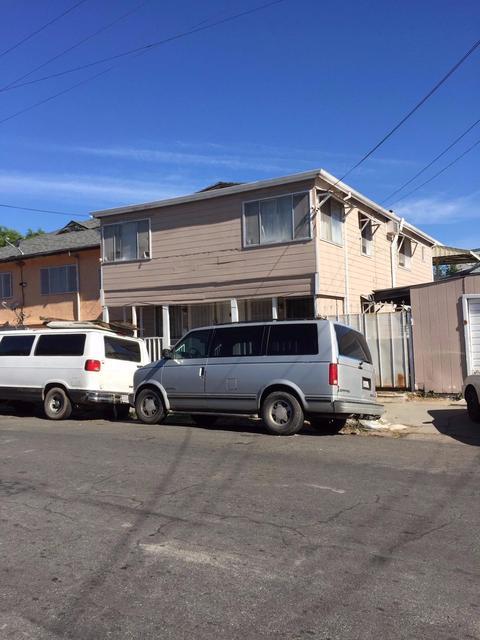 1241 S San Joaquin St, Stockton, CA 95206