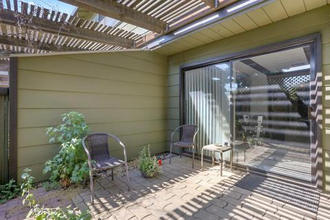 610 Sunnybrook Cir, Turlock, CA 95382