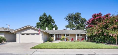 1131 Green Oaks Way, Lodi, CA 95240