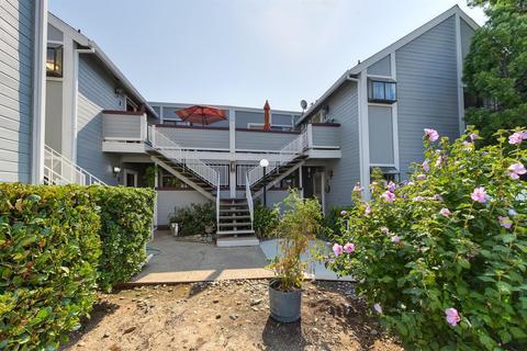 7409 Auburn Oaks Ct #F, Citrus Heights, CA 95621