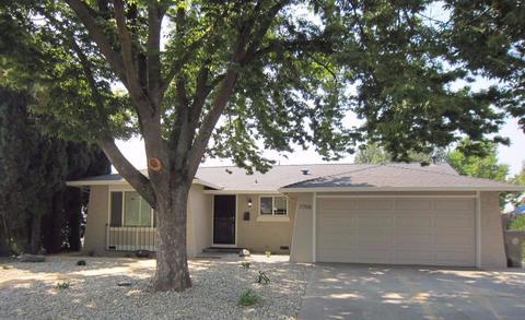 7708 Rotherton Way, Sacramento, CA 95823