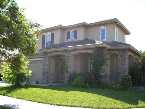 800 Homestead Ave, Lathrop, CA 95330