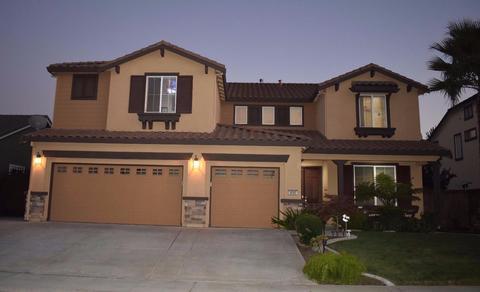 9880 Izilda Ct, Sacramento, CA 95829