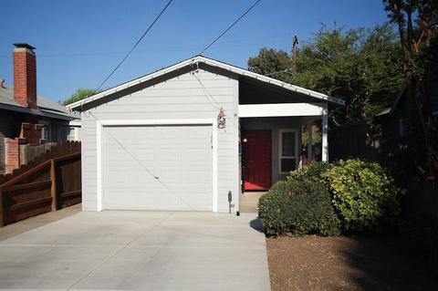 127 Lambuth Ave, Oakdale, CA 95361