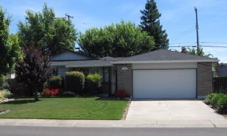 2809 Chestnut Hill Dr, Sacramento, CA 95826