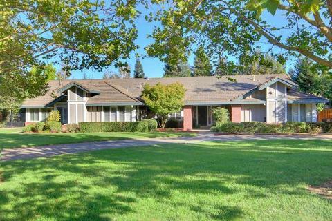 10101 Cavalletti Dr, Sacramento, CA 95829