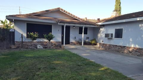 2621 Stoneridge Dr, Modesto, CA 95355