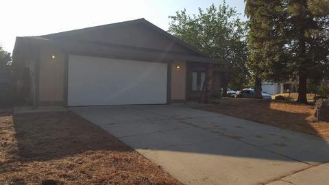 8249 La Sombra Way, Sacramento, CA 95823