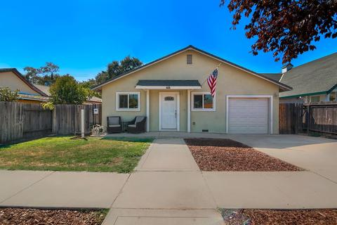242 D St, Lincoln, CA 95648