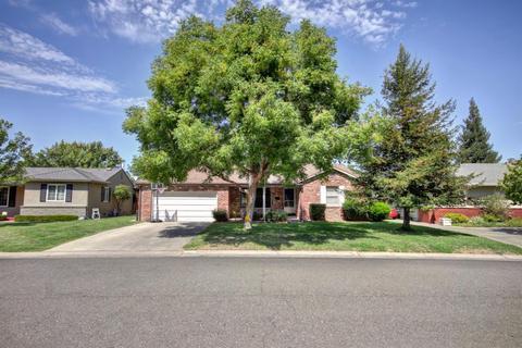 3909 Berrendo Dr, Sacramento, CA 95864