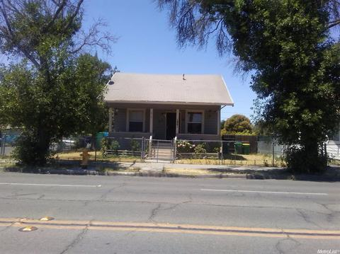 1861 S California St, Stockton, CA 95206