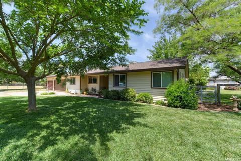 11715 Arno Rd, Wilton, CA 95693