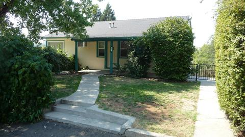 130 Redwood Way, Auburn, CA 95603