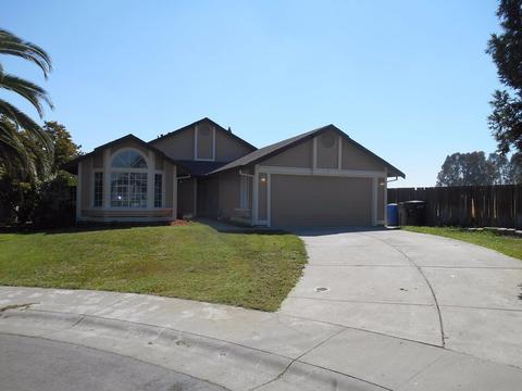 5 Crystal Brook Ct, Sacramento, CA 95838
