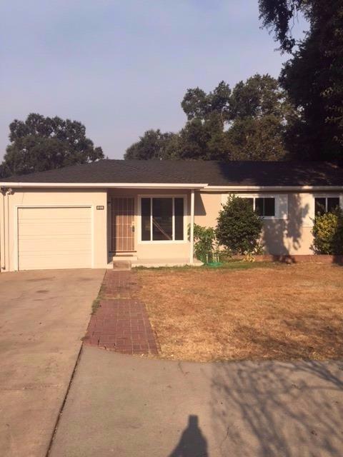3135 Walnut Ave, Carmichael, CA 95608