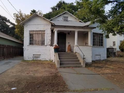 1007 Court St, Woodland, CA 95695