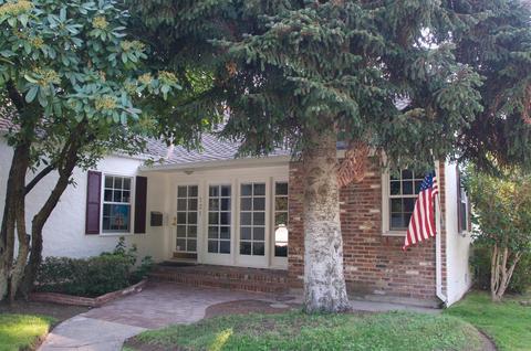 121 S Orange Ave, Lodi, CA 95240