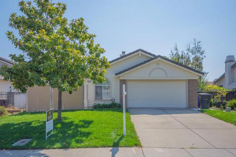 8566 Hermitage Way, Sacramento, CA 95823